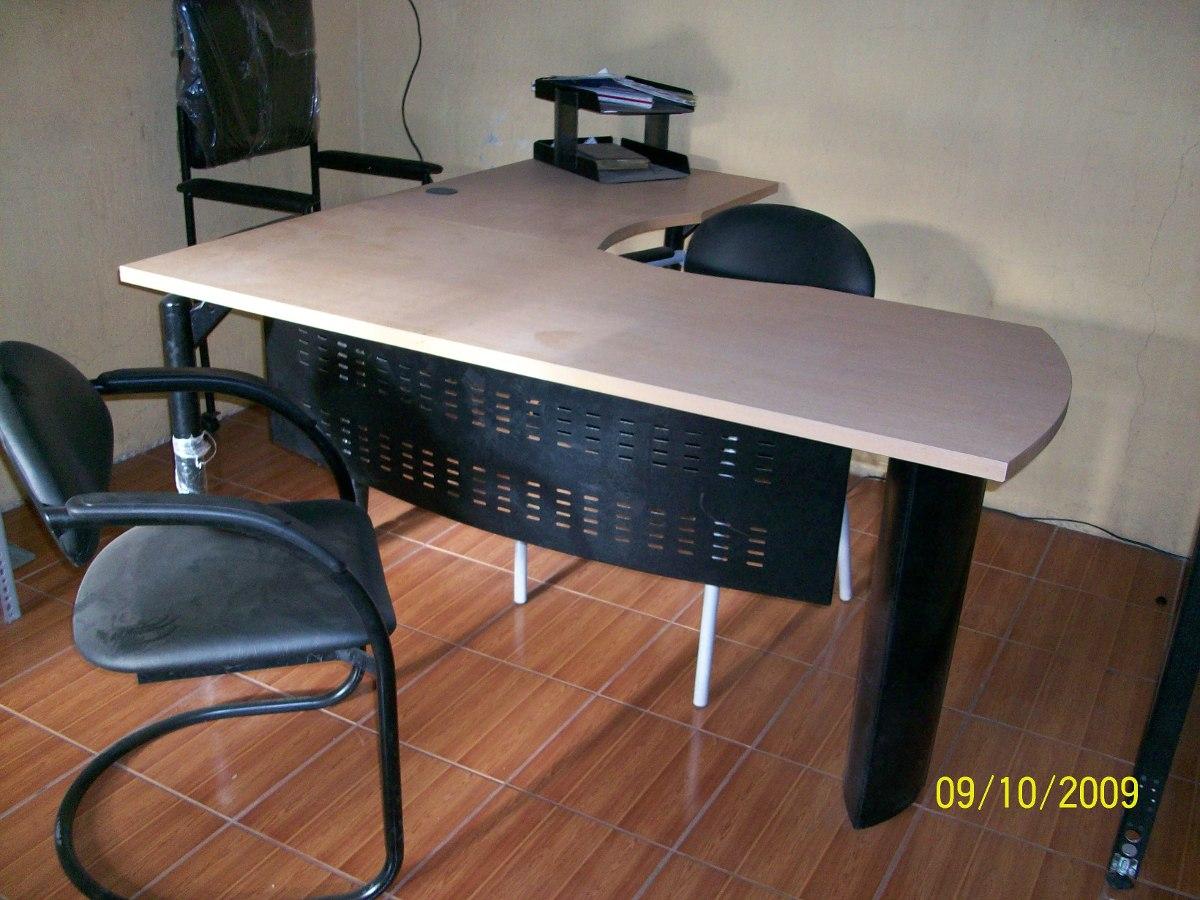 En L Escritorios Muebles De Oficina  U$S 200,00 en Mercado Libre